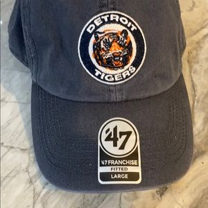 MLB Detroit Tigers Fitted Hat NWT 47 franchise Lg